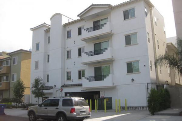 $3,965,000, Reseda, CA, Apartment